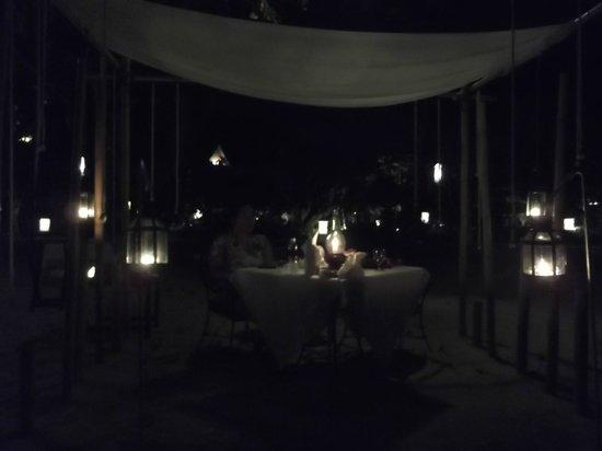 Thavorn Beach Village Resort & Spa : A private romantic atmosphere.