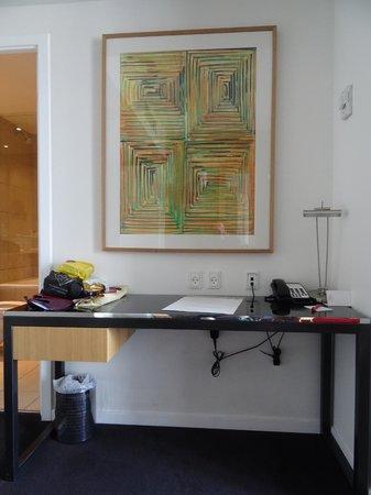 Adina Apartment Hotel Copenhagen : Desk area