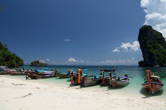 Koh Poda Island: Lunch time line up