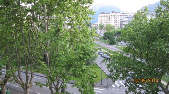 Hotel Mercure Grenoble Centre President : view from our room