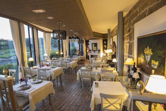 Restaurante Quinta de San Amaro: pequeño y confortable