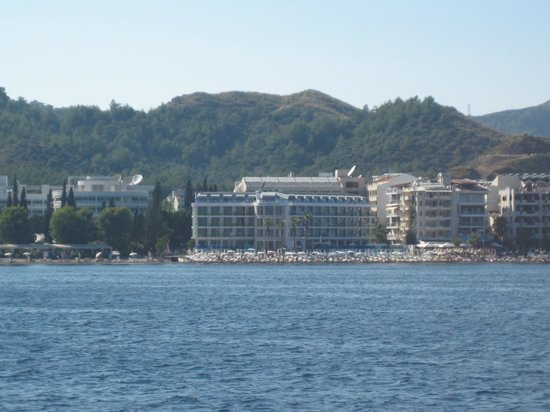 Hotel Marbella: Hotel view from the sea
