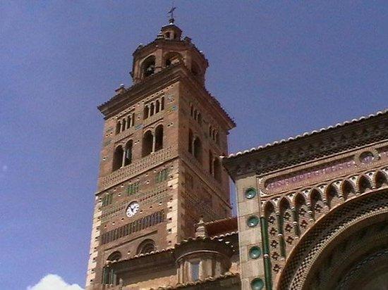 Catedral de Teruel: Arcos puerta principal