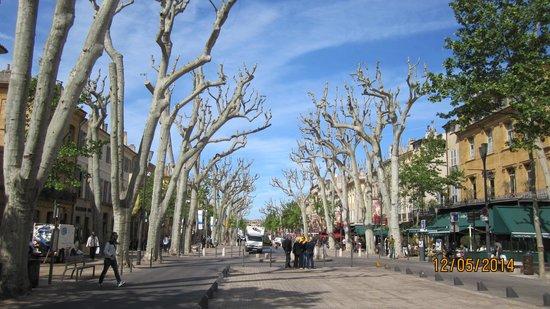 Vieil Aix : main street