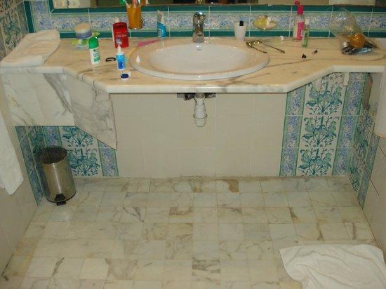 Prima Life Imperial Park : Bathroom