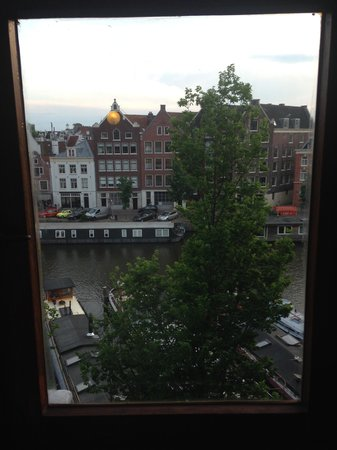 Grand Hotel Amrath Amsterdam: view from our room