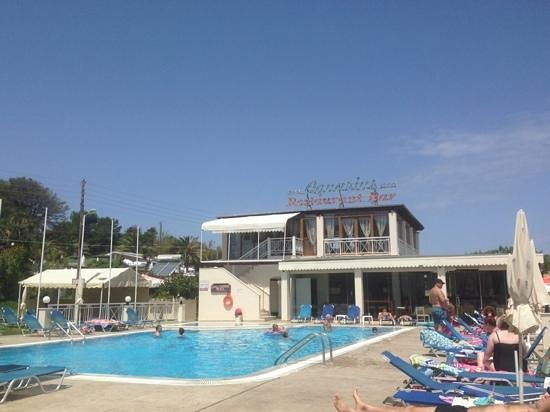 Kanali Hotel - Apartments: pool area