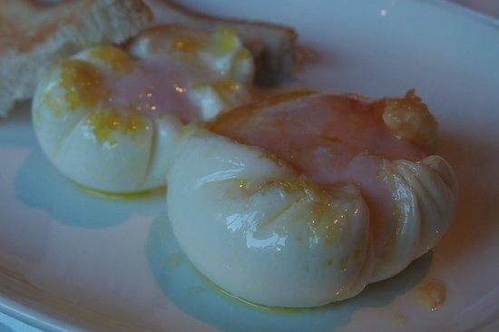 Alma Barcelona: breakfast