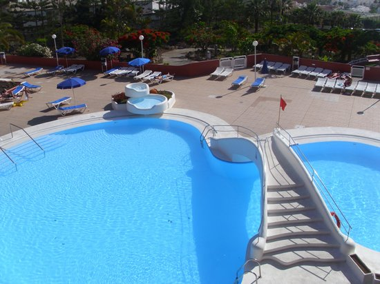 Laguna Park 2: view of the pool
