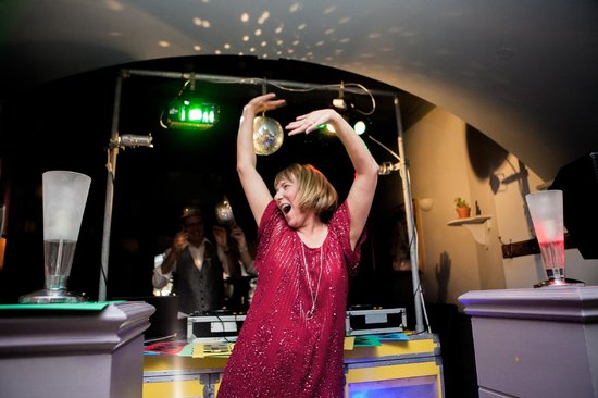 The Hove Kitchen: Put your hands up! Photo by Taylor & Wolf Photography