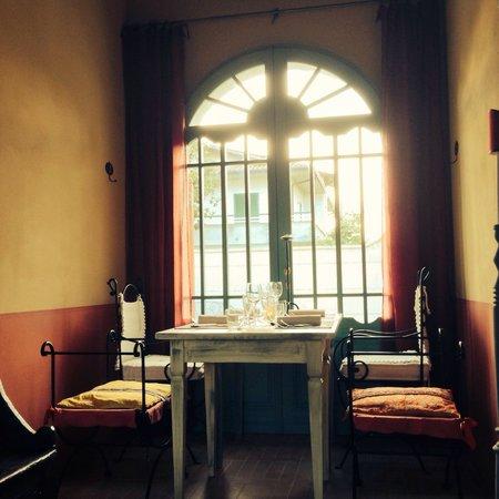 Borgomela : Un tavolo da quattro