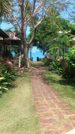 Villa Tanamera: beach access