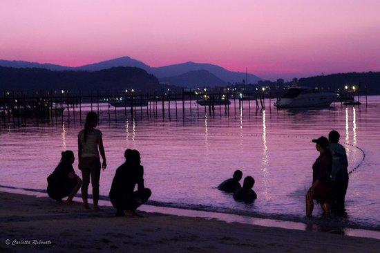 Villa Tanamera: fisherman after the sunset
