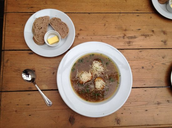Blas at Fronlas: Blas onion soup