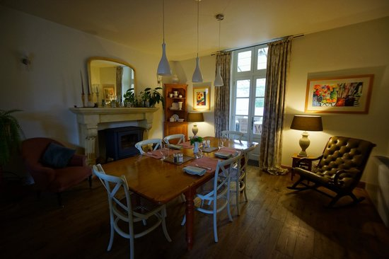 Maison Laurent : Part of the dining area