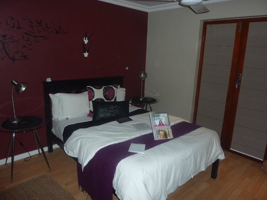 Earthbound B&B: Our beautiful room