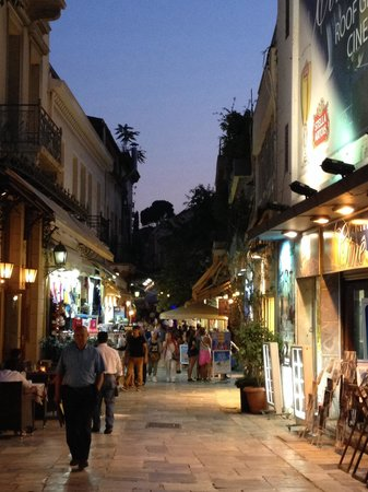 Plaka: Playa at Night
