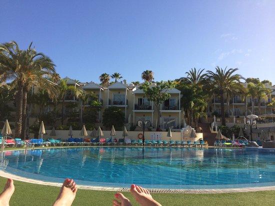 Gran Oasis Resort: Early morning sun gran oasis