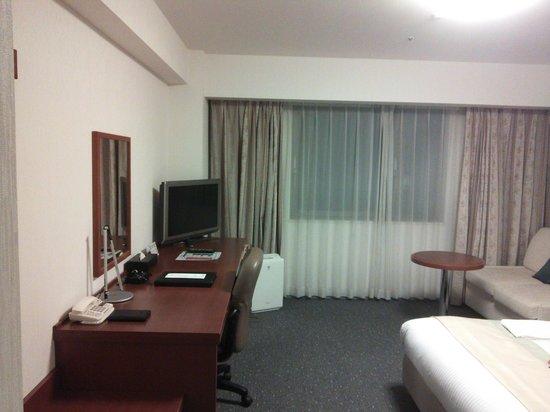 Richmond Hotel Yokohama Bashamichi: 13.11.07【リッチモンド馬車道】部屋の雰囲気