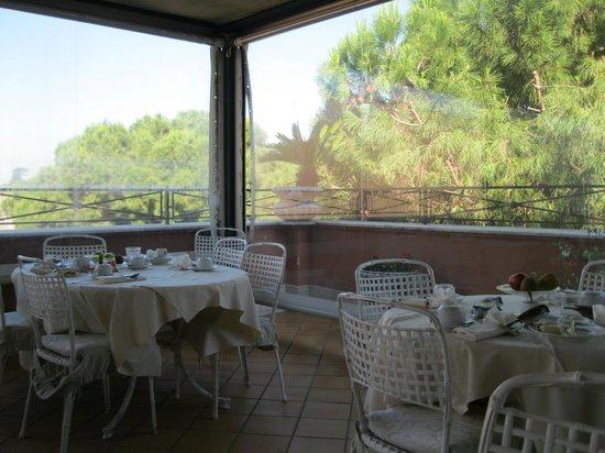 Hotel de Rome: breakfast sala