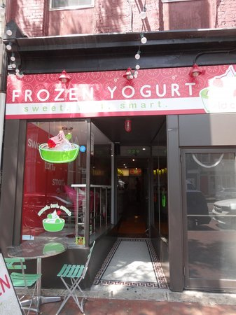 Old City Frozen Yogurt