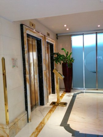 Boscolo Exedra Roma, Autograph Collection: elevators