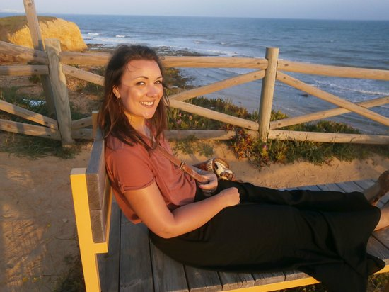 Praia dos Olhos de Água : viewpoint on the cliff tops!