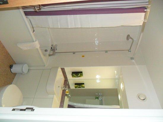 Premier Inn Kidderminster Hotel: bathroom