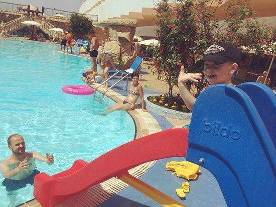 Avlida Hotel : бассейн