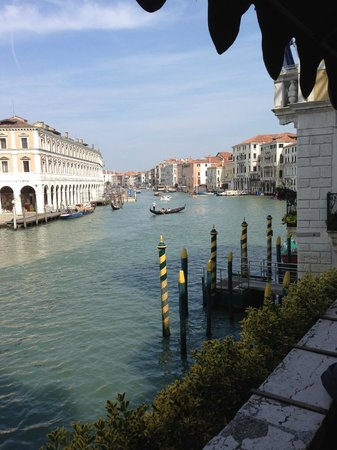 Al Ponte Antico Hotel: The view to die for on your right