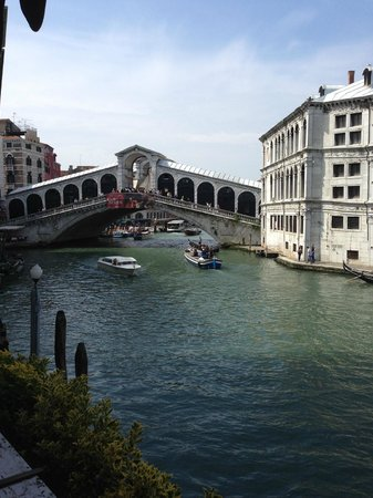 Al Ponte Antico Hotel: The view to die for on your left