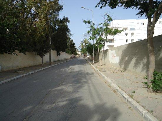 El Kantaoui Center : Дорога к морю