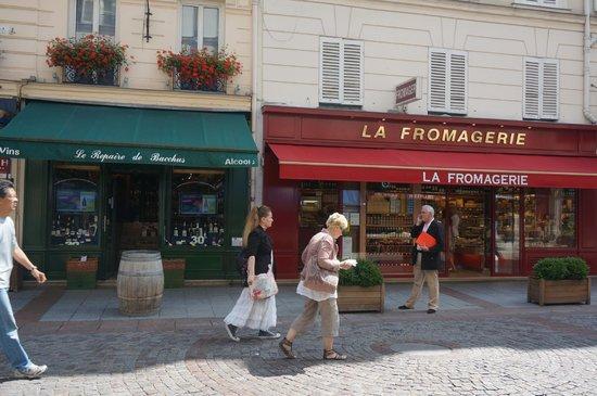 Grand Hotel Leveque: Rue Cler