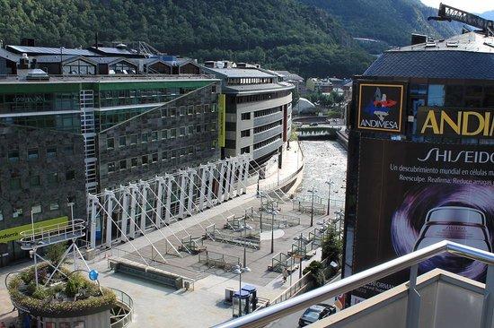 Hesperia Andorra la Vella : Вид из номера