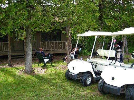 Bluff Point Golf Resort: Cabin suites