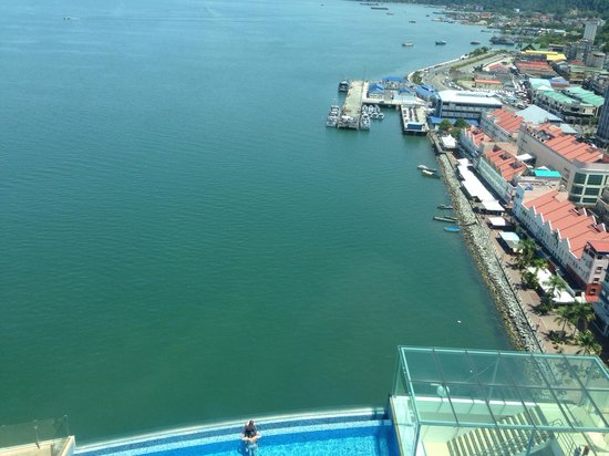 Four Points by Sheraton Sandakan : Spectacular seaview from my room!