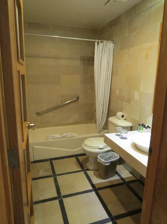 Presidential Suites A Lifestyle Holidays Vacation Resort : salle de bain