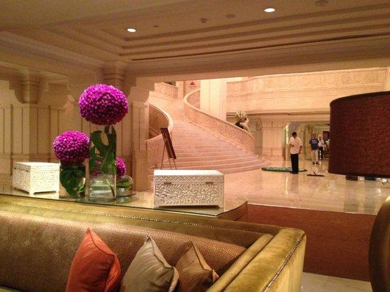 ITC Grand Chola, Chennai: Lobby
