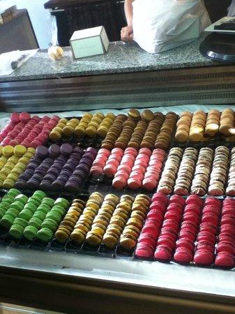 Julien Plumart Cafe: Large Array of Flavours