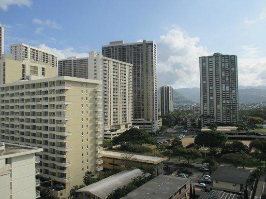 Queen Kapiolani Hotel: City view