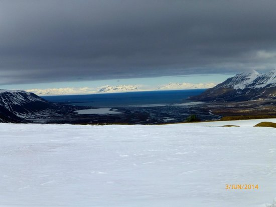 Spitsbergen Hotel: Adventsfjorden med Longyearbyen