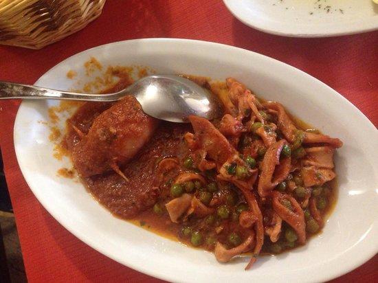 Cantina Reggiana : Antipasto di mare.. Parte 3. Calamaro ripieno e calamaretti con piselli
