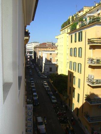 Venetia Palace Hotel: Termini in Sichtweite