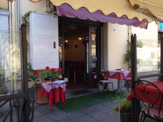 restaurant le mura: