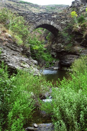 Trekking Andros & Outdoor Activities: stone bridge,Achla River