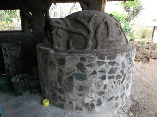 Finca Mystica: Pizza oven! (The pizza is really good.)