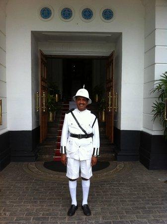 Mount Lavinia Hotel : Guard