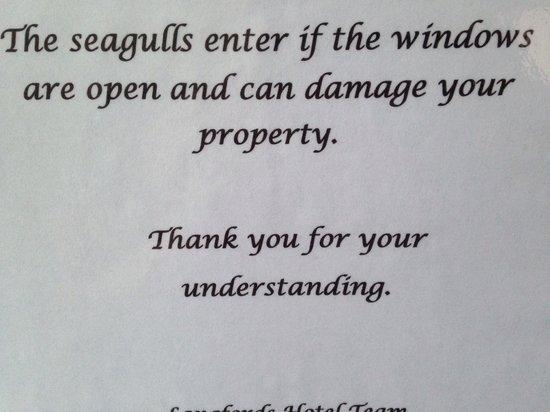 Langfords Hotel: Caution