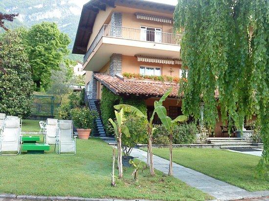 Hotel Villa Edy: Etablissement principal, réception, salle PDJ, terrasse