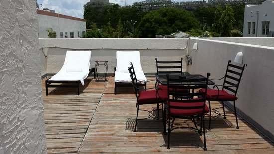 Kimpton Angler's Hotel: Pool Villa - Room 108: Rooftop deck